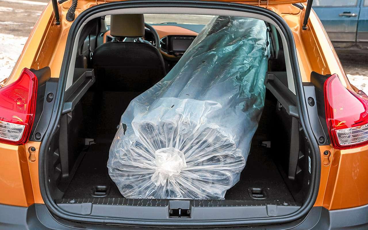 Лада XRAY Cross, Ford Ecosport иCreta: тест кроссоверов— фото 944634