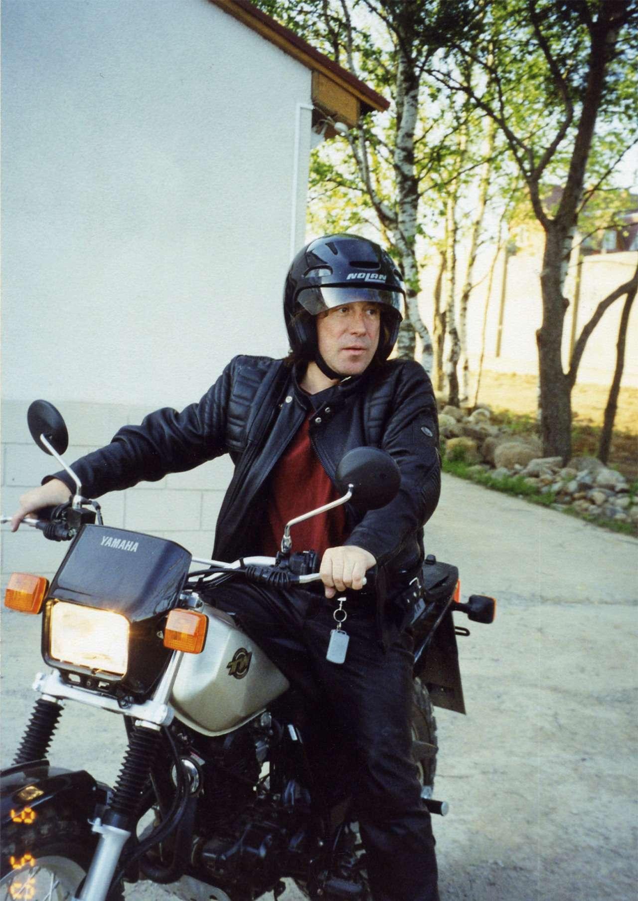 Владимир кузьмин на мотоцикле фото
