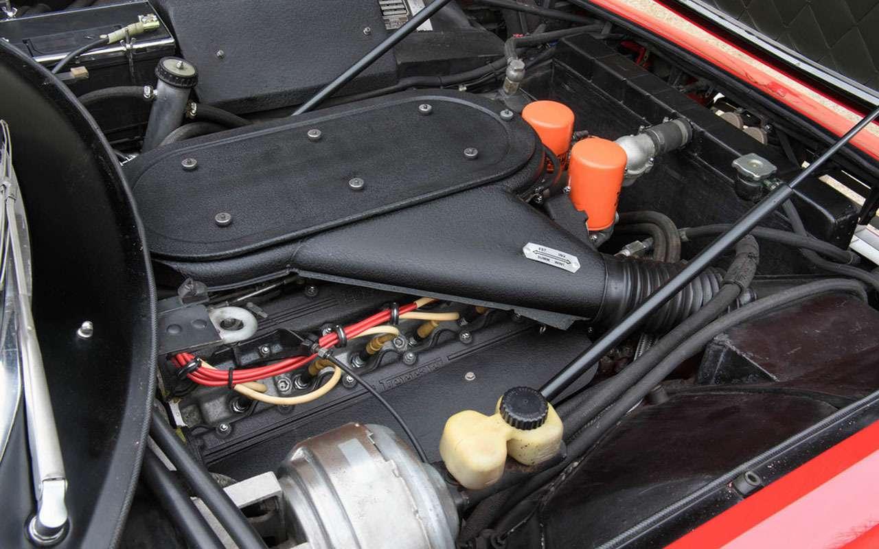 Продается первый Ferrari Элтона Джона. Торг уместен