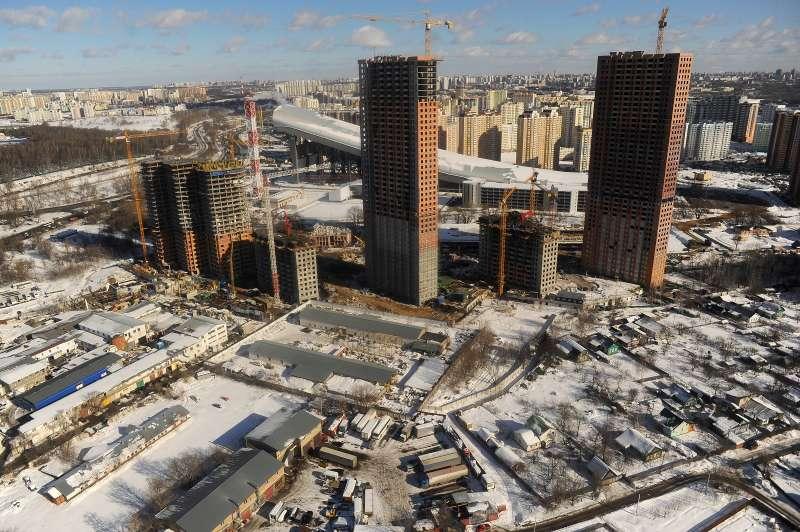 Инвесторы просят власти Москвы разрешить строить жилье иТЦбез парковок