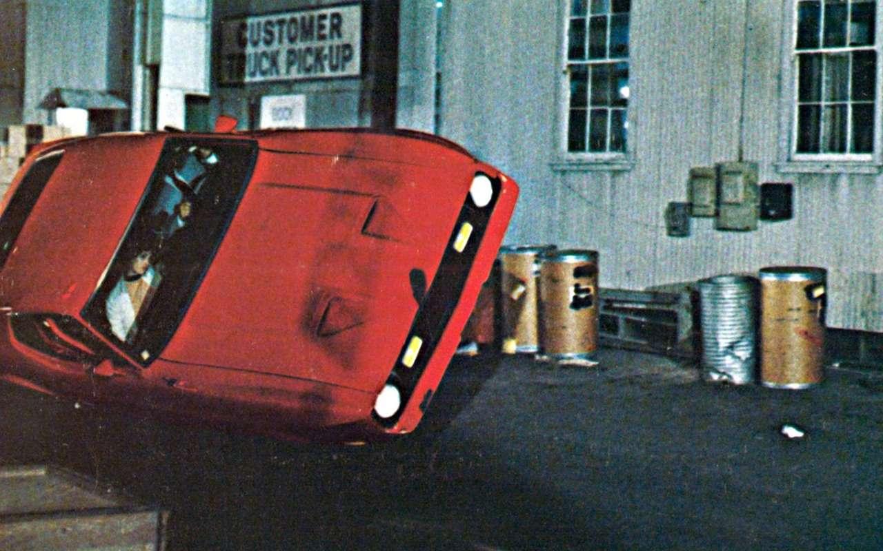 8 вечных мифов про машины, которые придумали киношники - фото 1151293