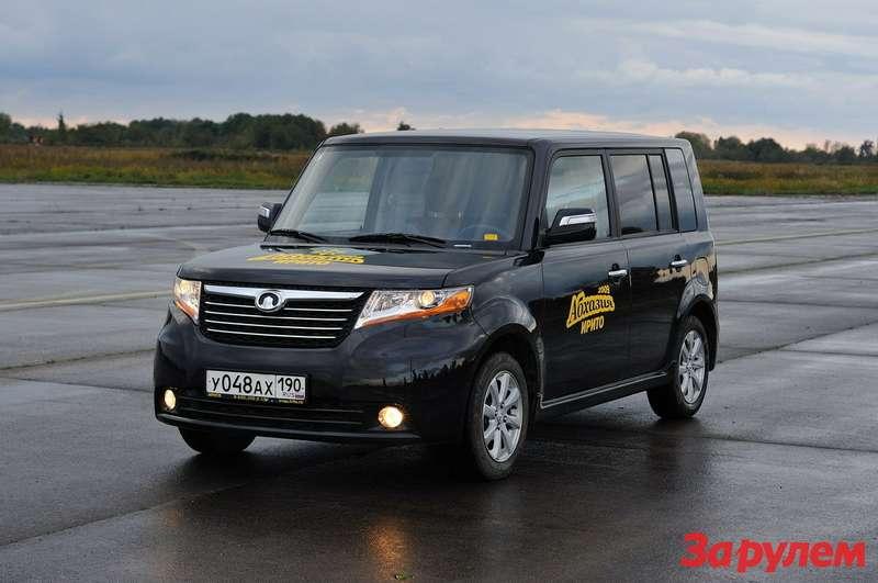 Фары— одно изосновных отличий китайского CoolBear отяпонской Toyota bB