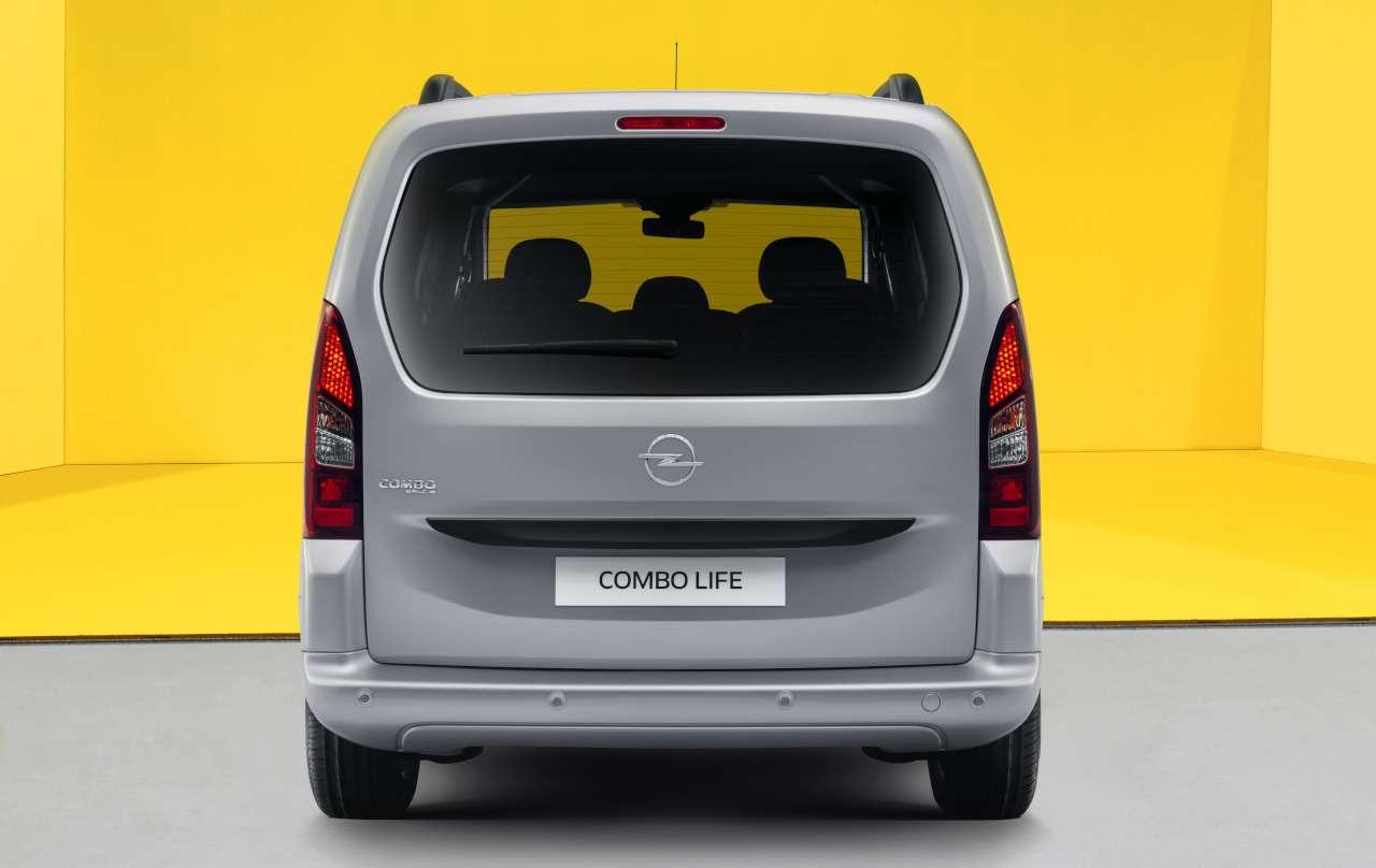 Opel Combo Life: прием заказов ицены— фото 1235862