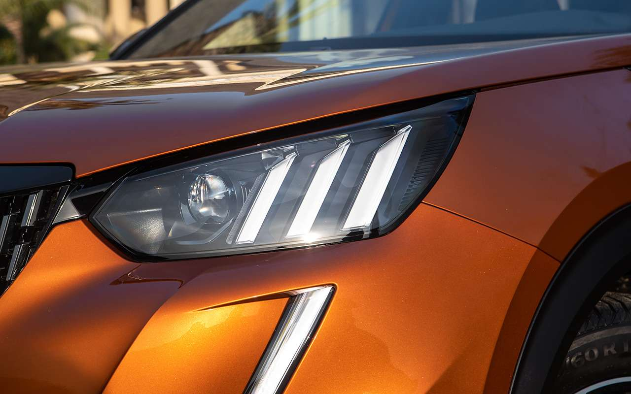 Peugeot 2008: 5плюсов ипара недочетов (помимо цены)— фото 1225064