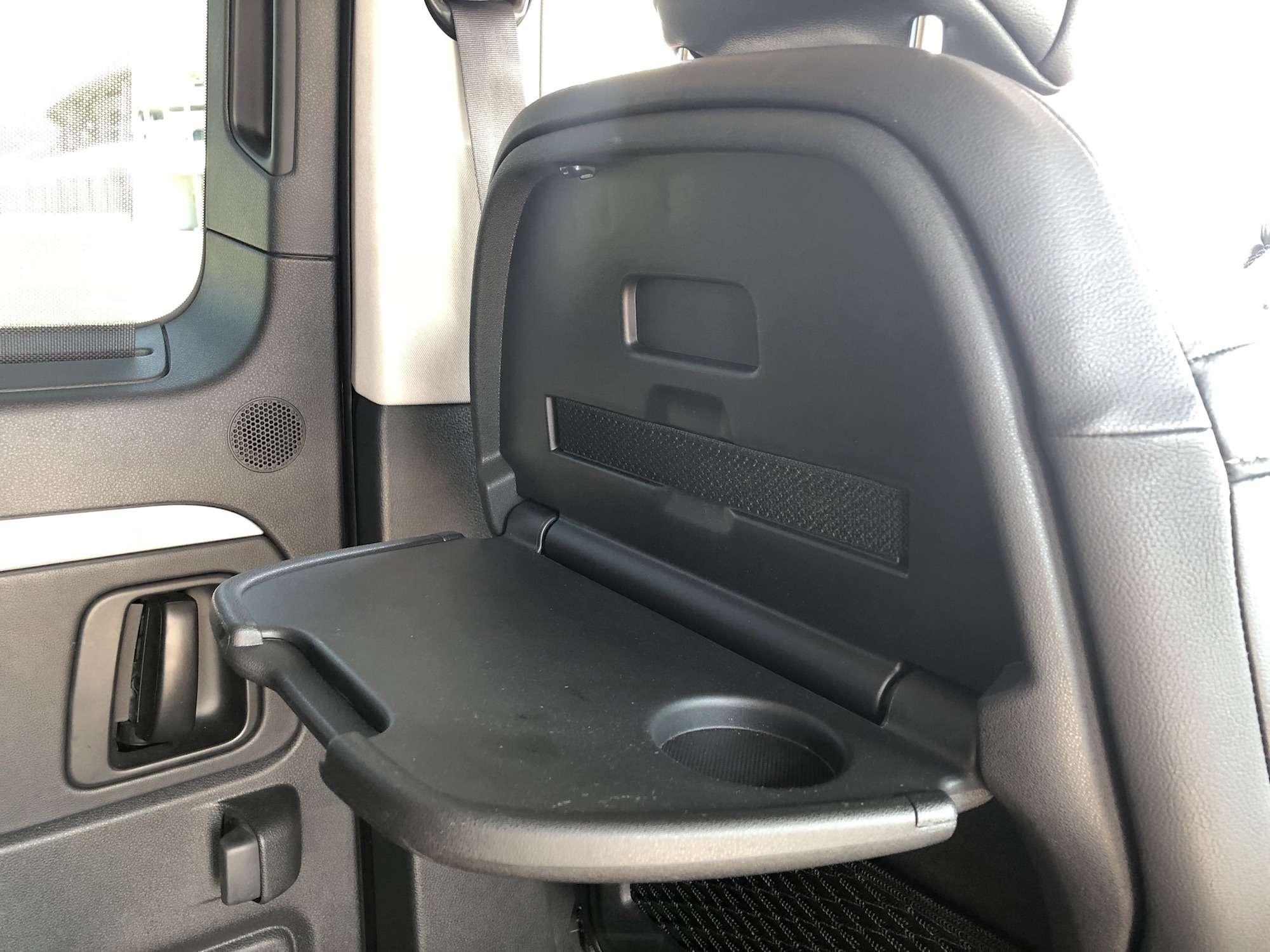 Peugeot Traveller VIP Business: сообразим насемерых?— фото 905211
