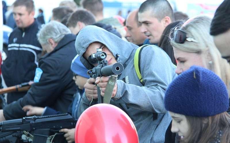 Марш-бросок ЗР: стрельба, взрывы иконкурс дронов