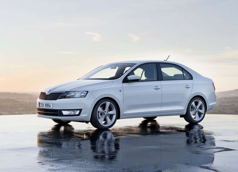 Skoda-Rapid_2013_1600x1200_wallpaper_04