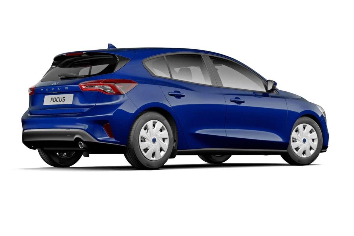 Голый, ноне смешной: новый Ford Focus вбазовых версиях— фото 862238