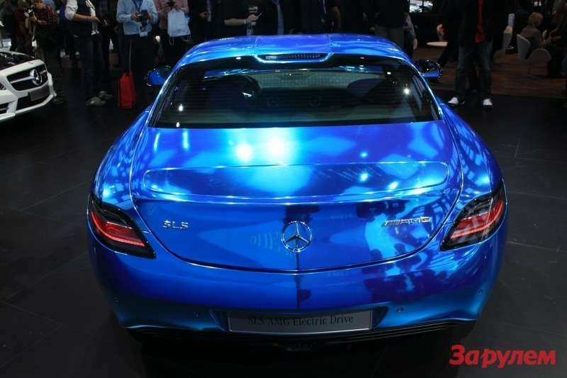 mercedes-benz-sls-amg-electric-drive_100403553_l