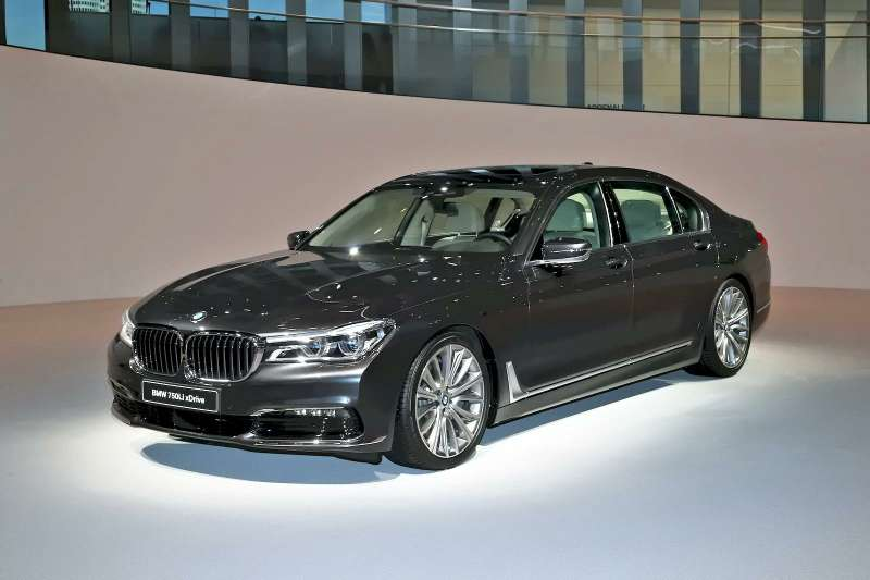 BMW_7_5