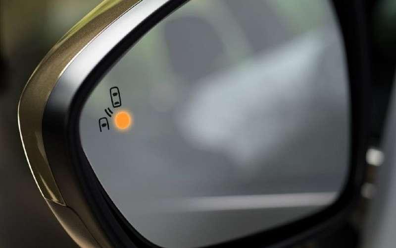 Обновленная Vesta: еще одна фишка, которой раньше небыло намашинах Lada