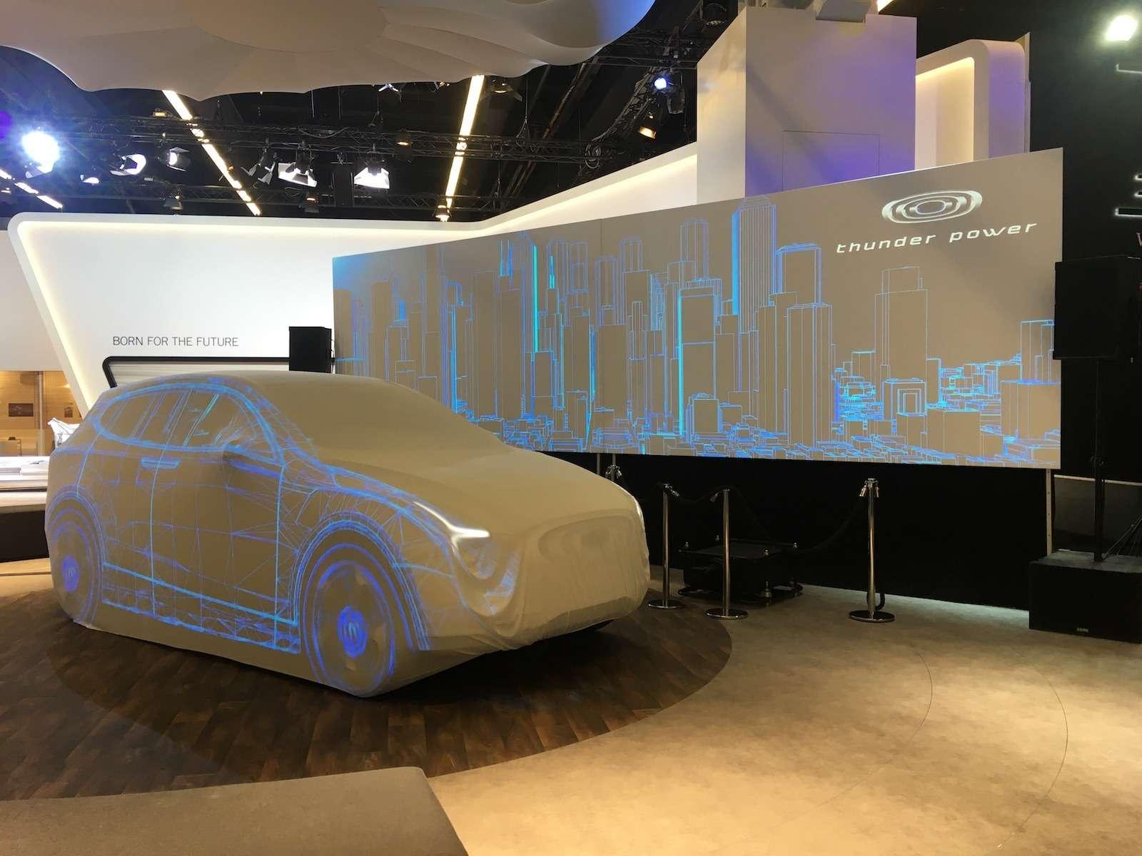 Новый Duster идругие премьеры автосалона воФранкфурте: онлайн-трансляция. Часть 1— фото 793704