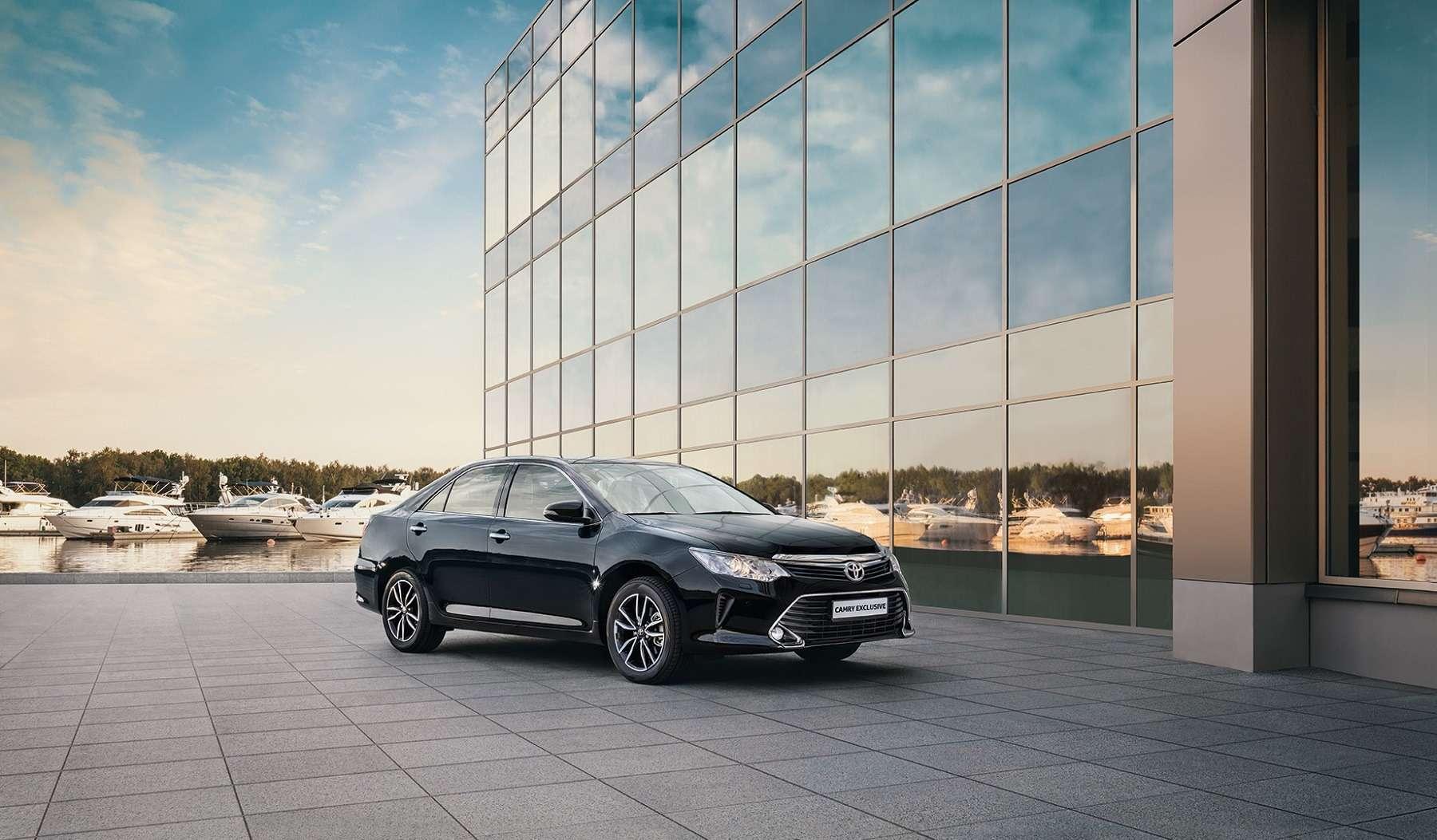 Эксклюзивная наша Камри: Toyota представила седан длягаджетоманов— фото 614343
