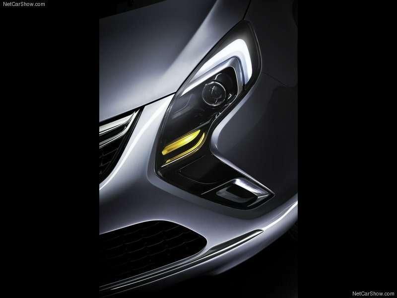 Opel-Zafira_Tourer_Concept_2011_800x600_wallpaper_0e