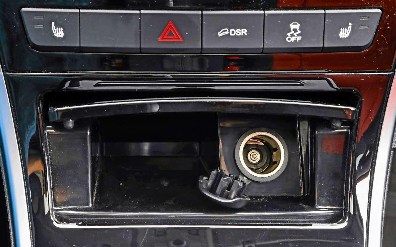 Большой тест кроссоверов: обновленный Ford EcoSport иконкуренты— фото 911198