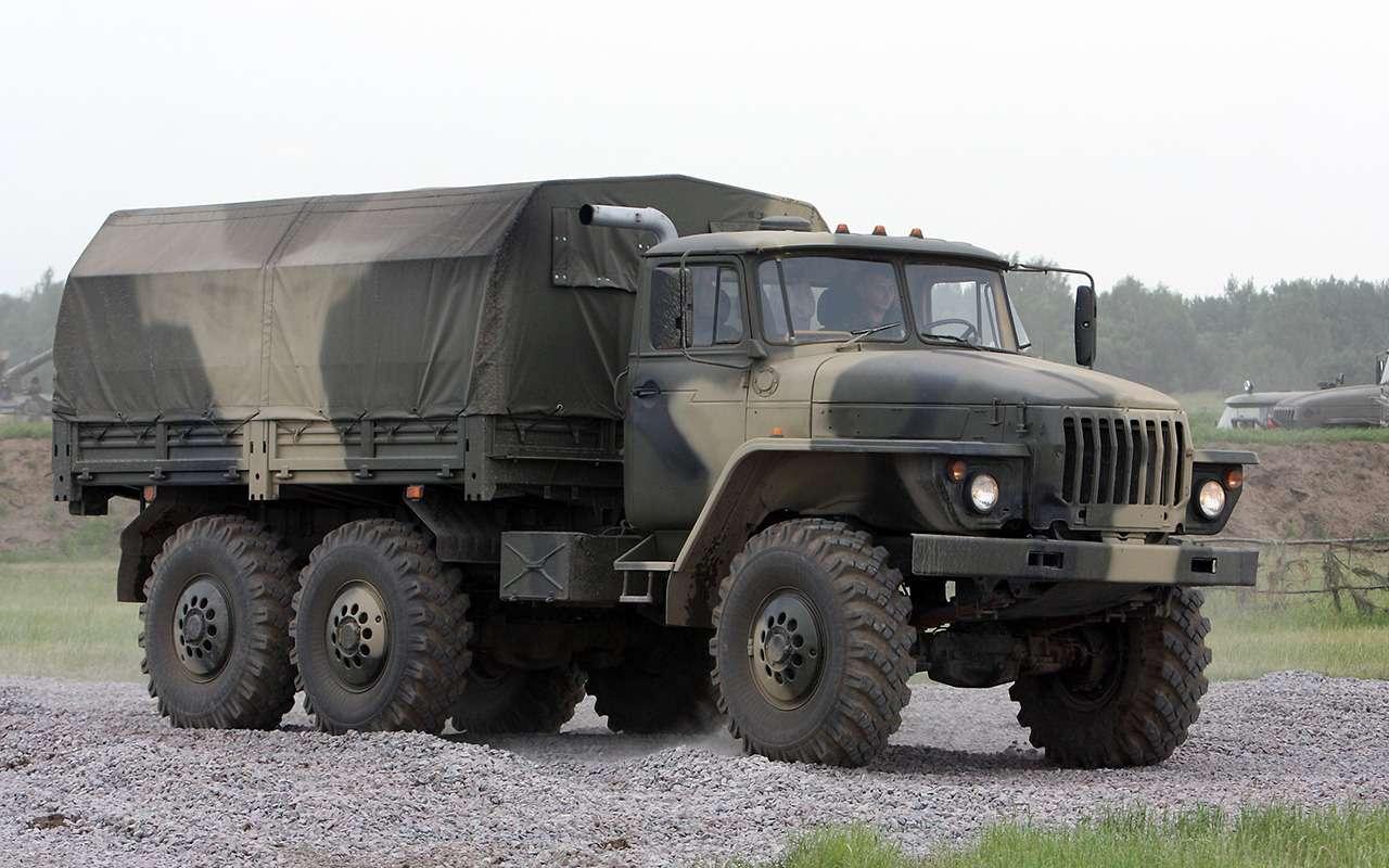 Топ-10 российских машин, откоторых иностранцы ввосторге!— фото 1275828