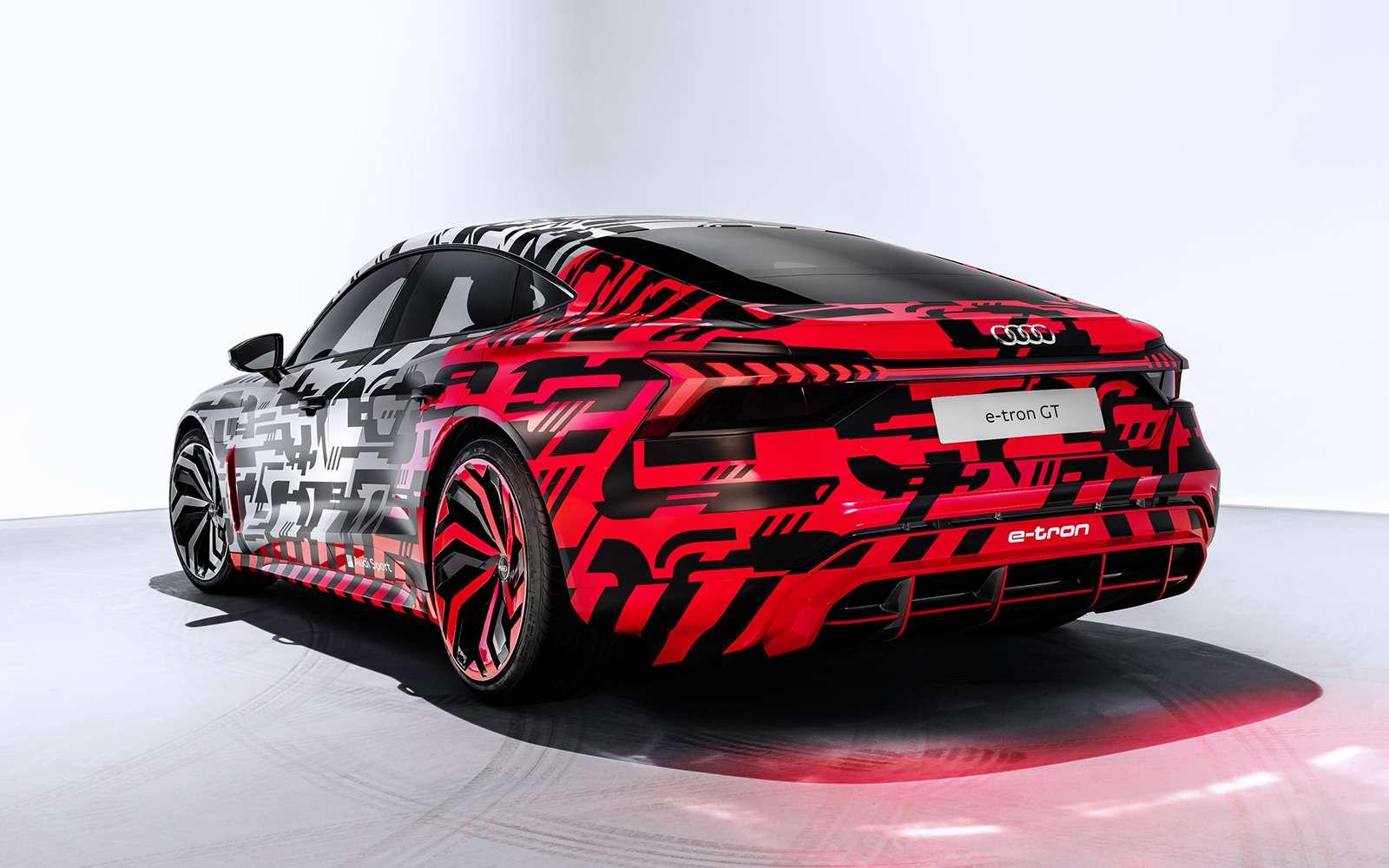 Audi показала конкурента Tesla Model S— фото 926706