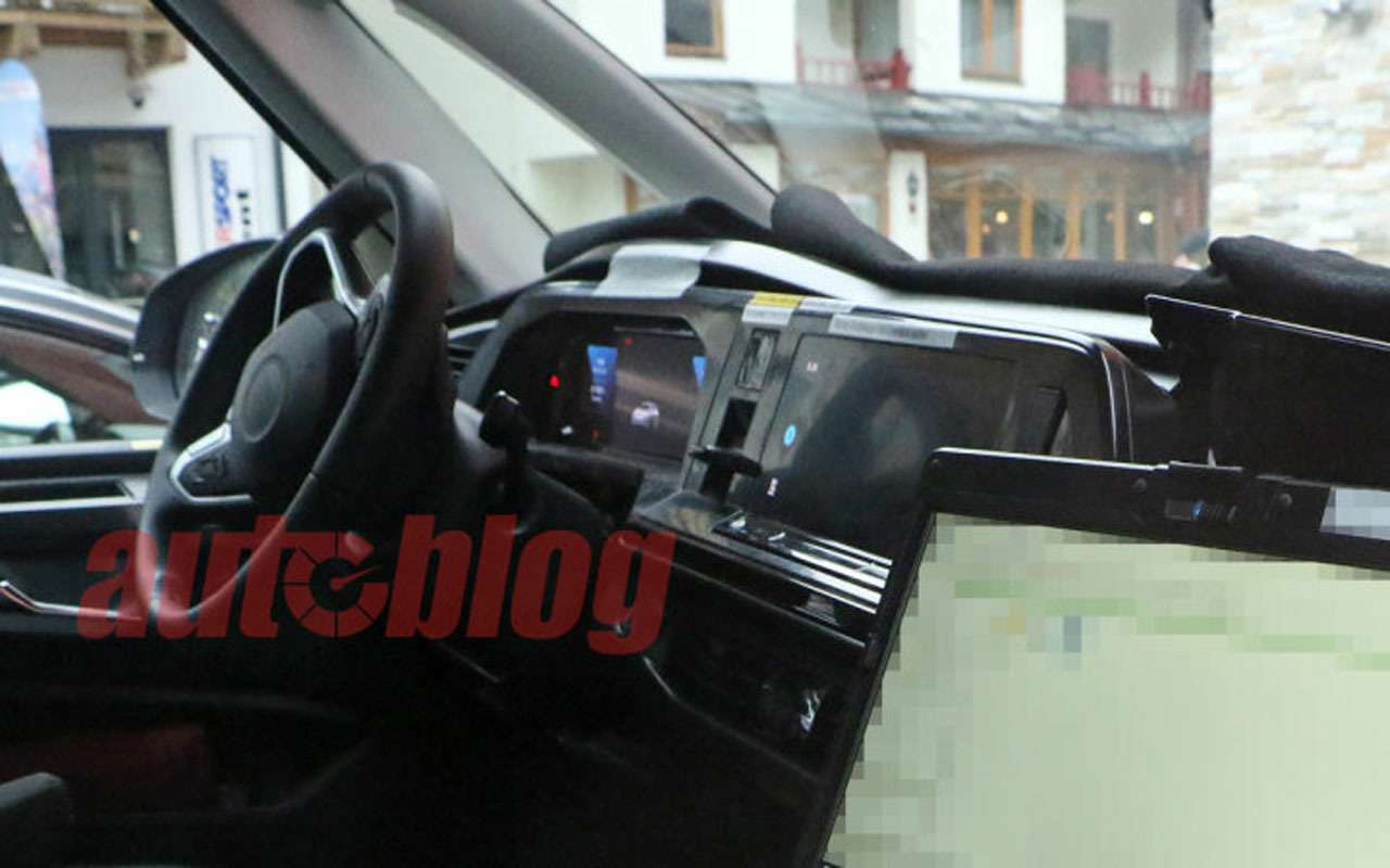 VWтестирует новое поколение Мультивэна— фото 1216275