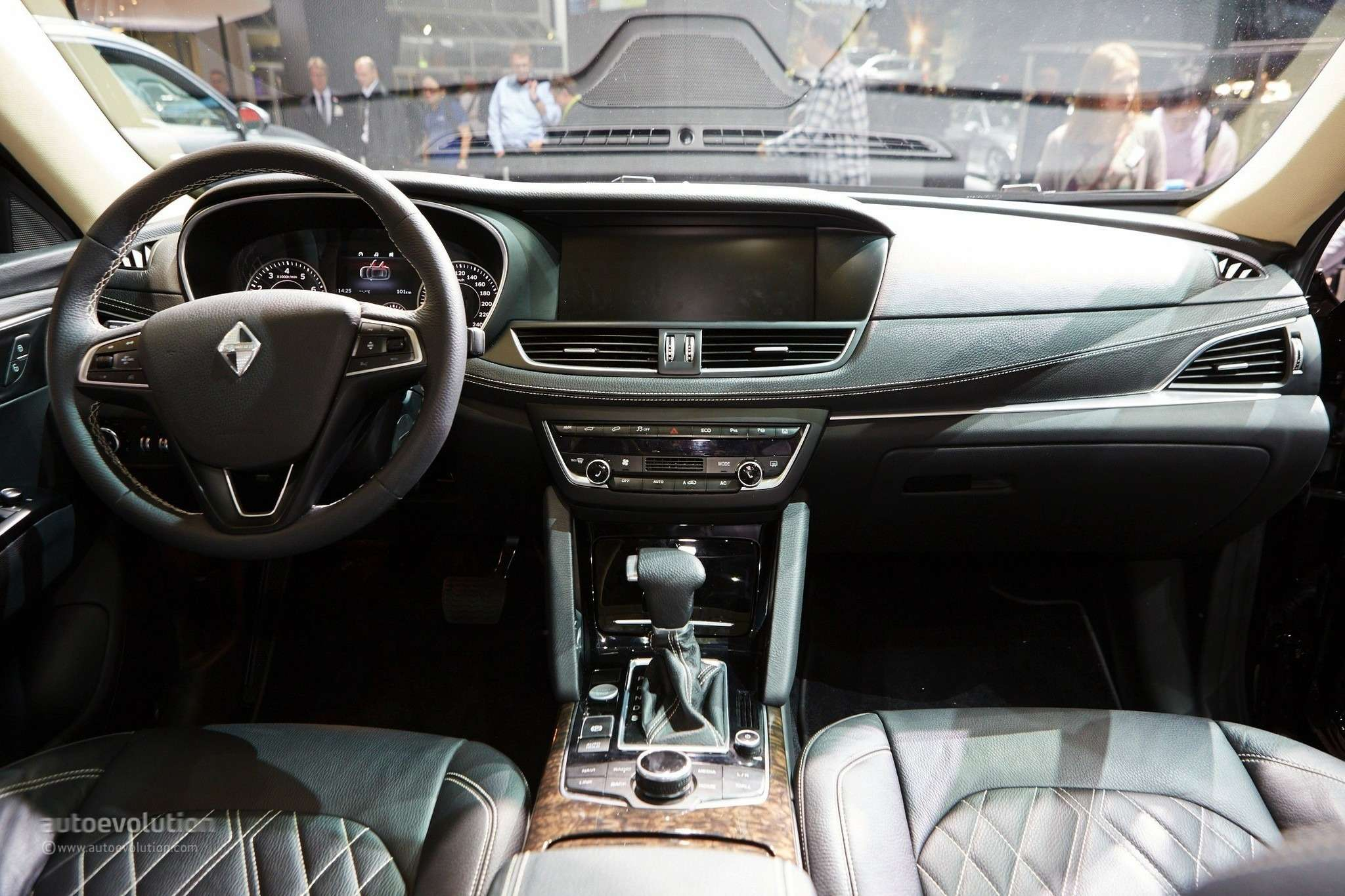 borgward-is-officially-back-with-its-bx7-suv-in-frankfurt-live-photos_7
