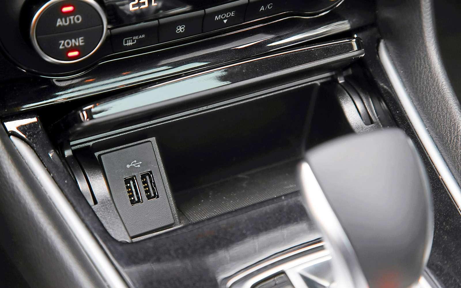 VWGolf GTI против Infiniti Q30—  кто любит погорячее— фото 710208