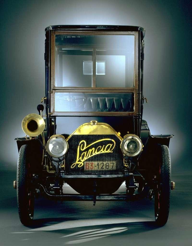 Lancia 12-24CV— первая серийная модель фирмы, переименованная сTipo 51нa Alpha, 1908год