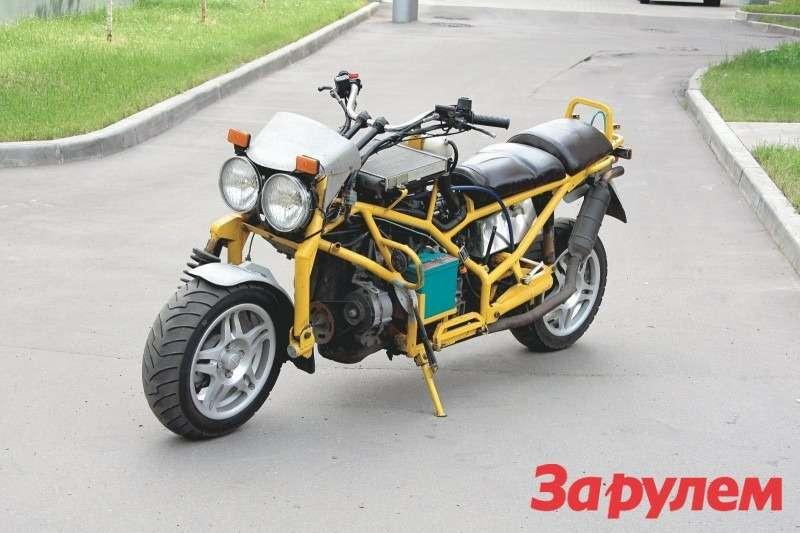 Закрытый мотоцикл своими руками