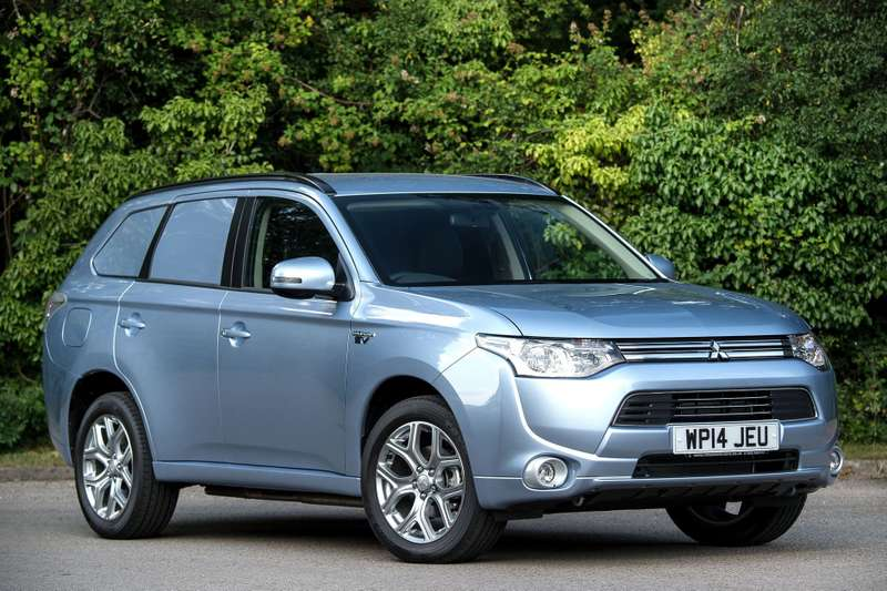 mitsubishi-outlander-gx3h-4work-transforms-into-commercial-van-photo-gallery_2