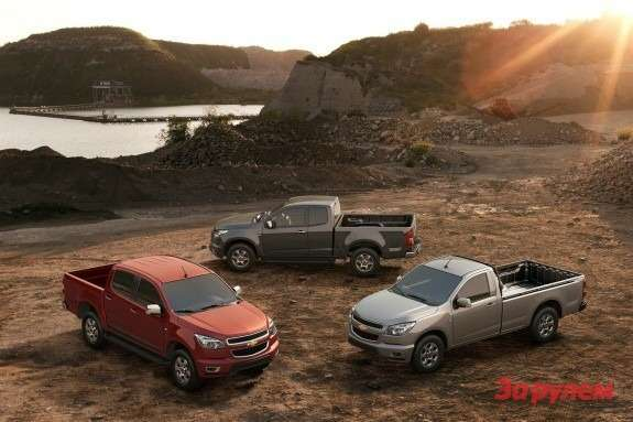 New Chevrolet Colorado with all types of cabin