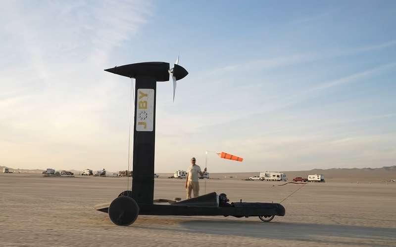 Ветроход Blackbird: самая нелогичная машина, которая работает