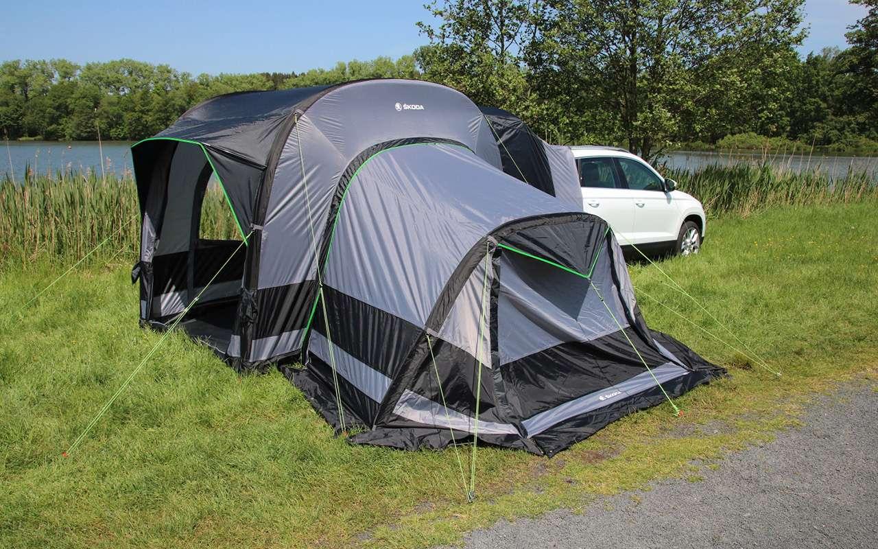 Дешевая альтернатива кемперу— надувная палатка Skoda— фото 1141527