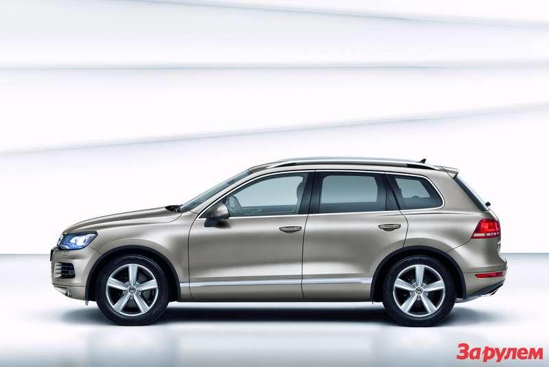 2011-Volkswagen-Touareg3