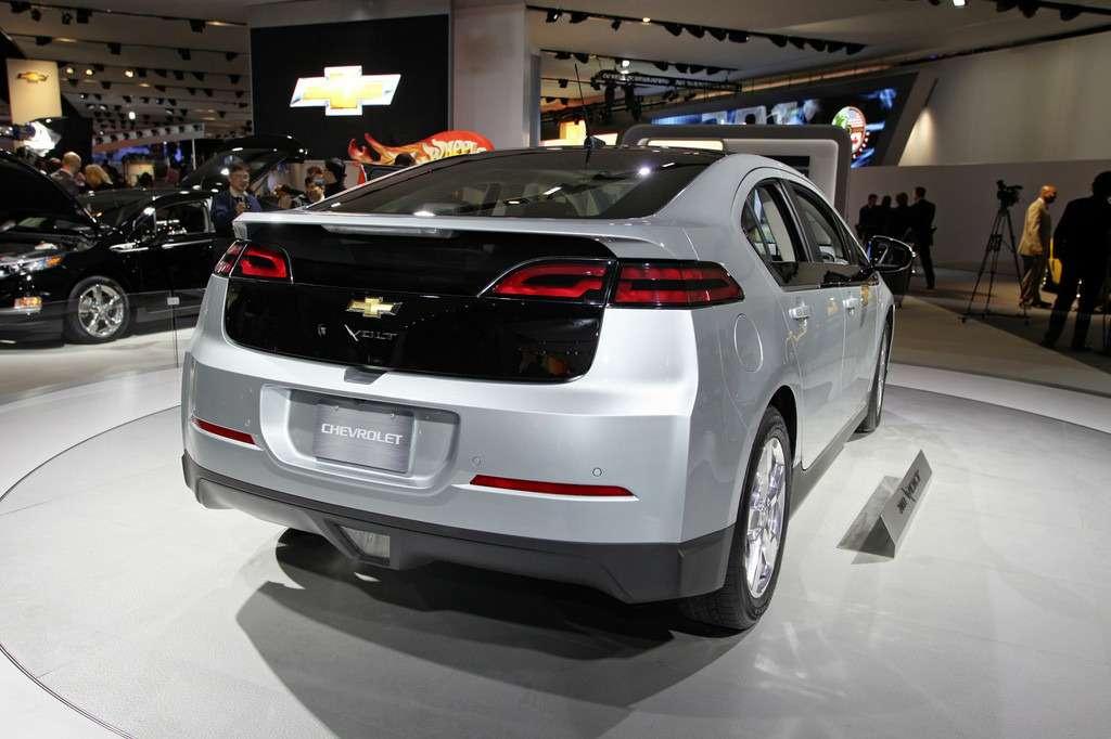 Chevrolet Volt предложат по