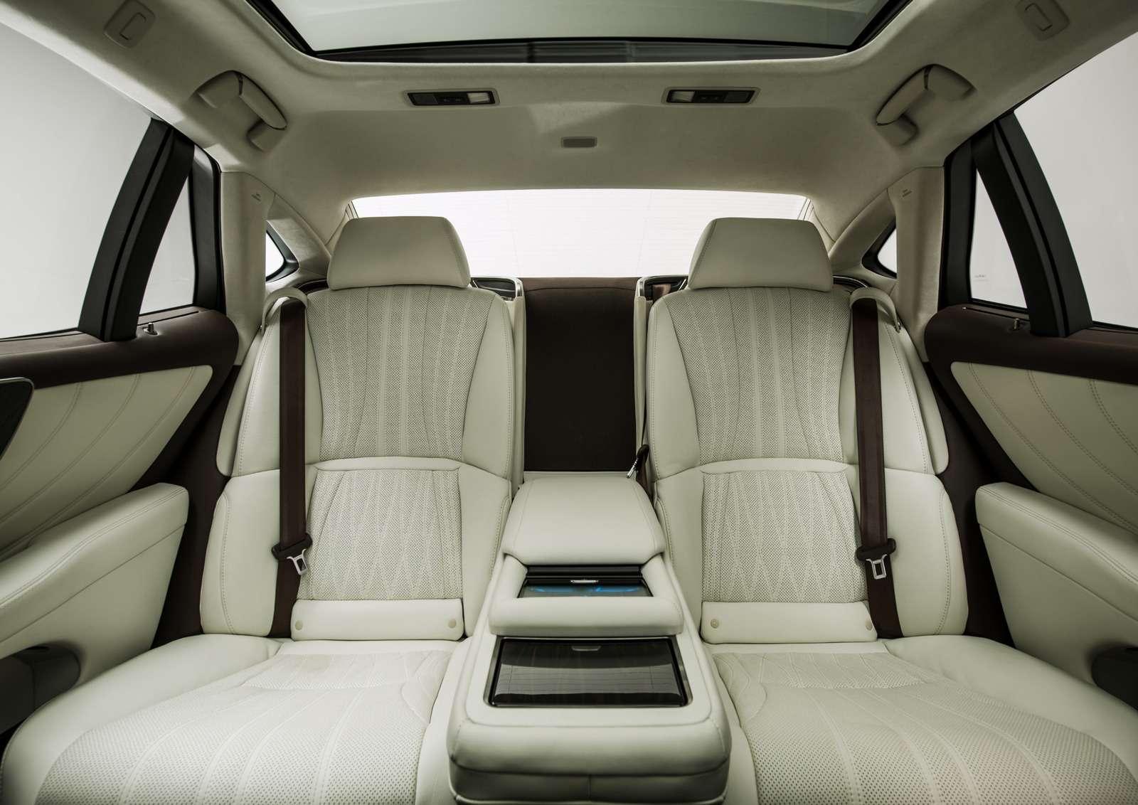 Проглотить S-класс: вДетройте дебютировал новый Lexus LS— фото 690272