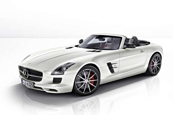 Mercedes-Benz SLS AMG GTRoadster side-front view
