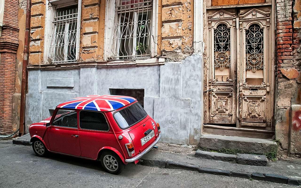 Самые дорогие парковки вмире. Упс, это неМосква— фото 804118