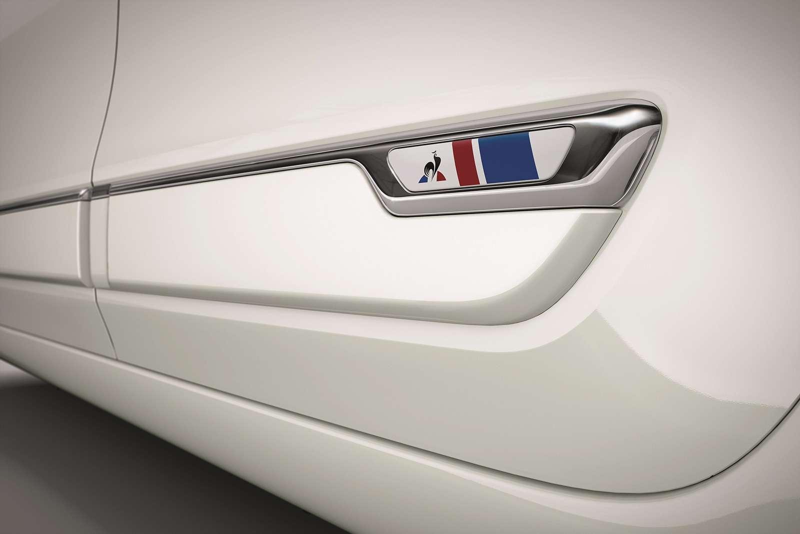 Самая маленькая модель Renault получила эксклюзивную версию— фото 944245