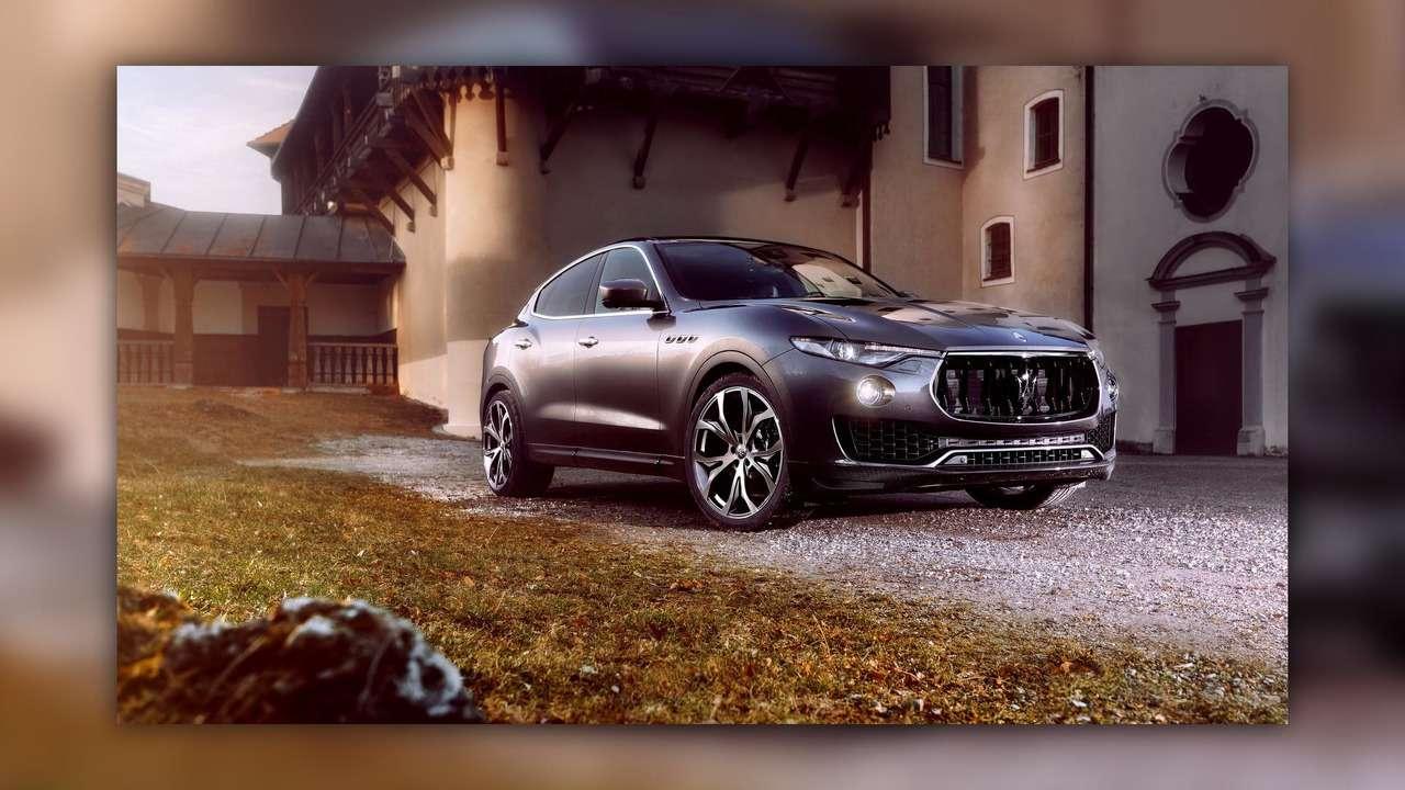 Нарасстоянии удара: Maserati Levante подобрался кPorsche Cayenne Turbo— фото 728852