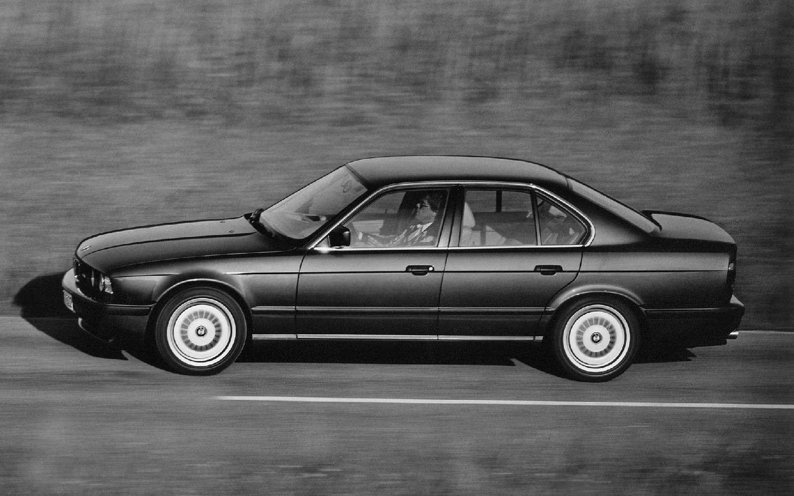 BMWM5не прощается, ноговорит досвидания— фото 611107