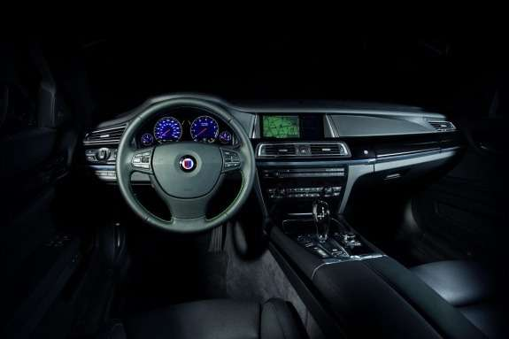 Facelifted Alpina B7 inside