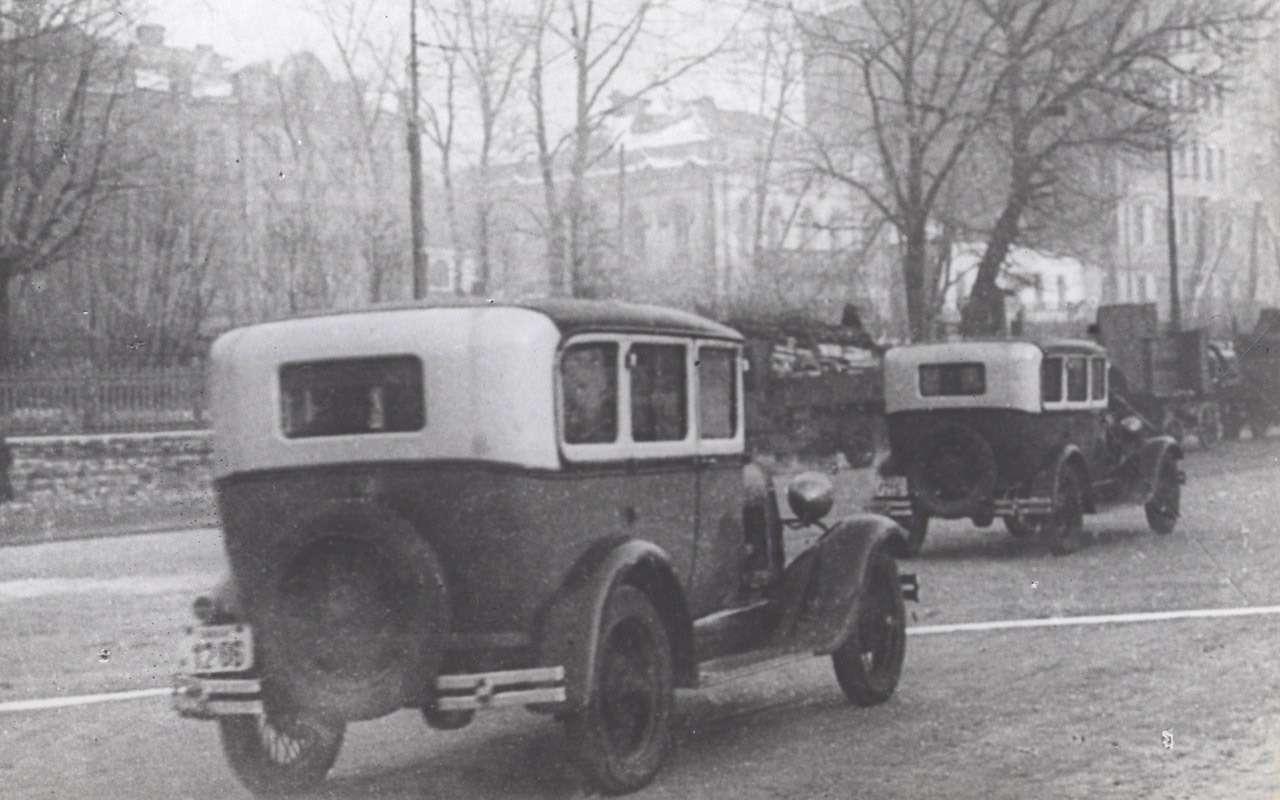 Всетакси СССР: лимузины, кабриолеты, иномарки— фото 1140111