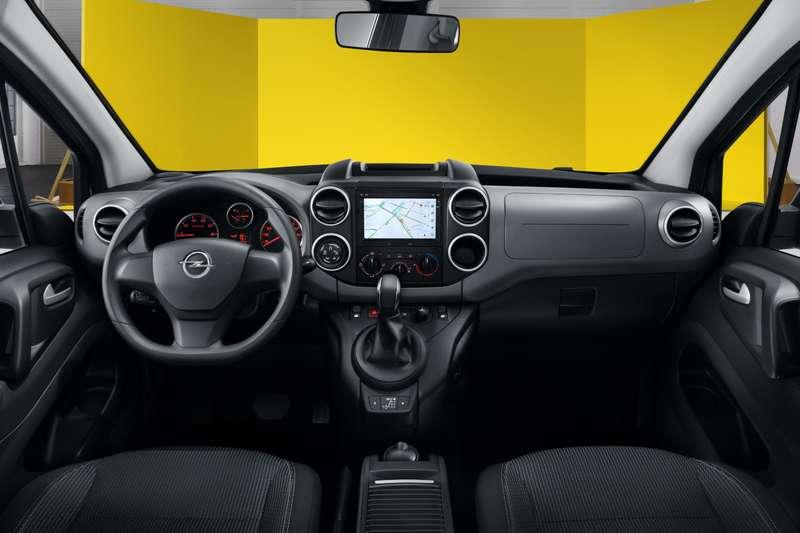 Opel Combo Life: прием заказов ицены