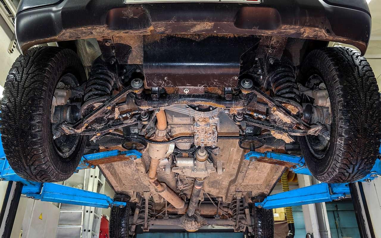 Тест-драйв легенд бездорожья: Lada 4x4, Suzuki Jimny, Jeep Wrangler— фото 1089443