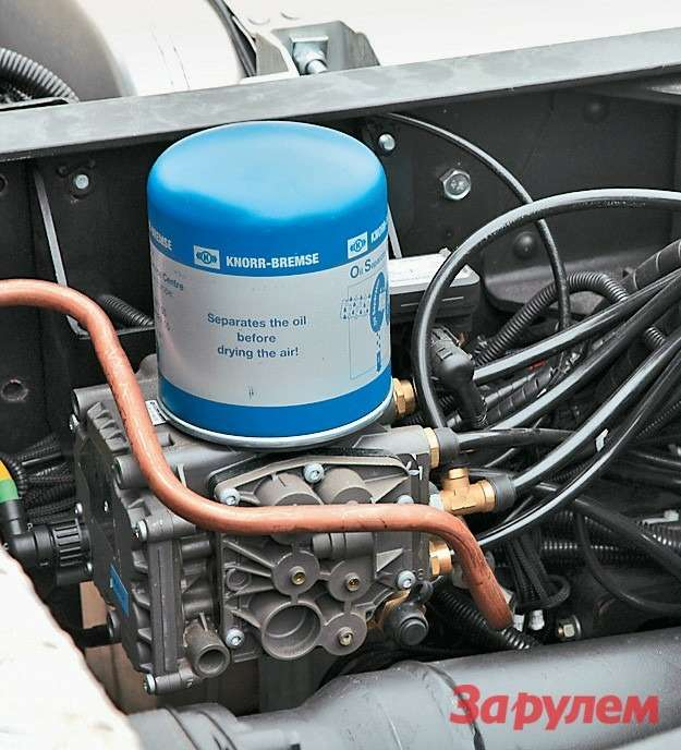 Блок подготовки воздуха производства  Knorr-Bremse. Это партнер «КАМАЗа»