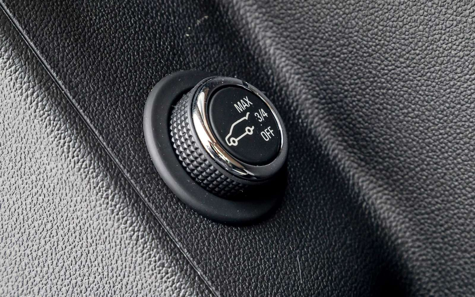 Тест премиум-кроссоверов: Lexus RX350, Cadillac XT5и Jaguar F-Pace— фото 721798