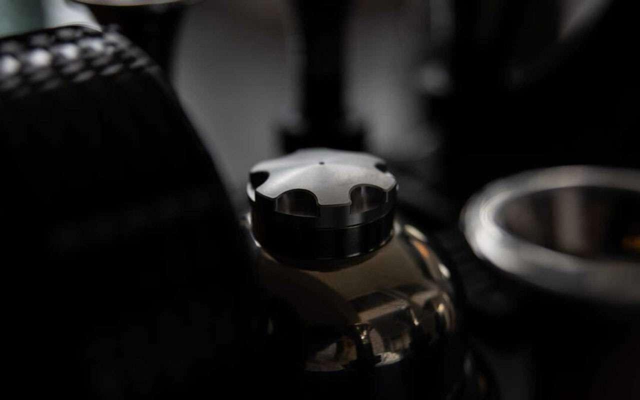 ...А еще мывнем эспрессо делаем!— двигатель Porsche стал кофемашиной— фото 1122753