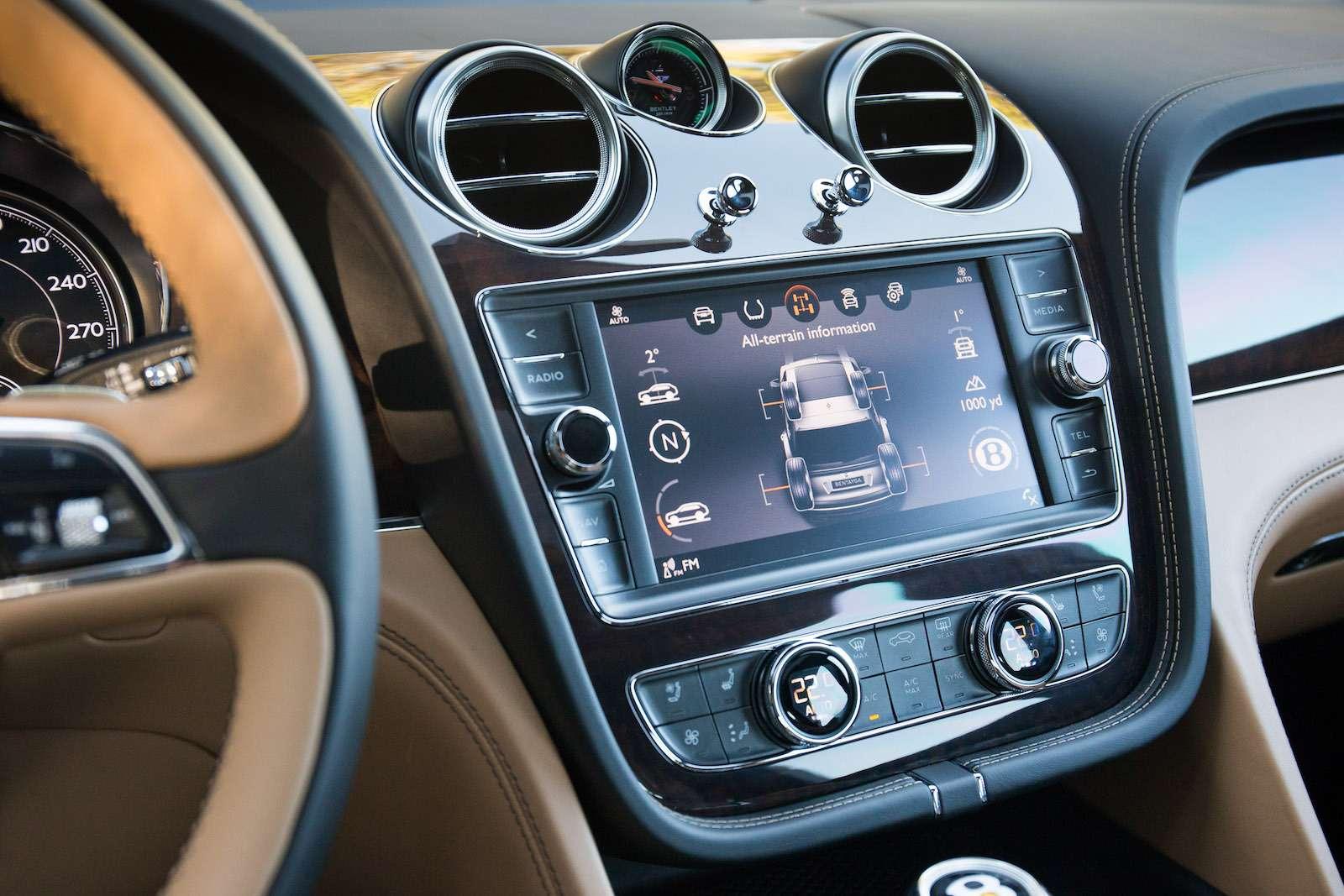 Bentley Bentayga Diesel: 4,8до сотни— самая медленная версия!— фото 884141