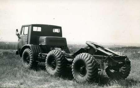 ЗИЛ, который попроходимости делал гусеничные тракторы— фото 1207819