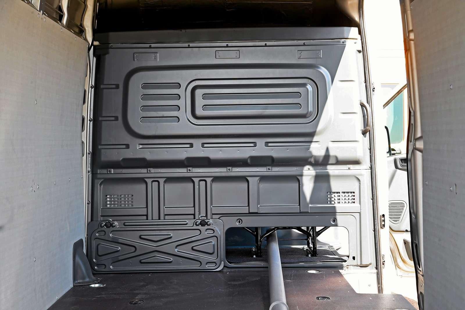 Цельнометаллический фургон ГАЗель Next: джойстик вместо антенны— фото 599967