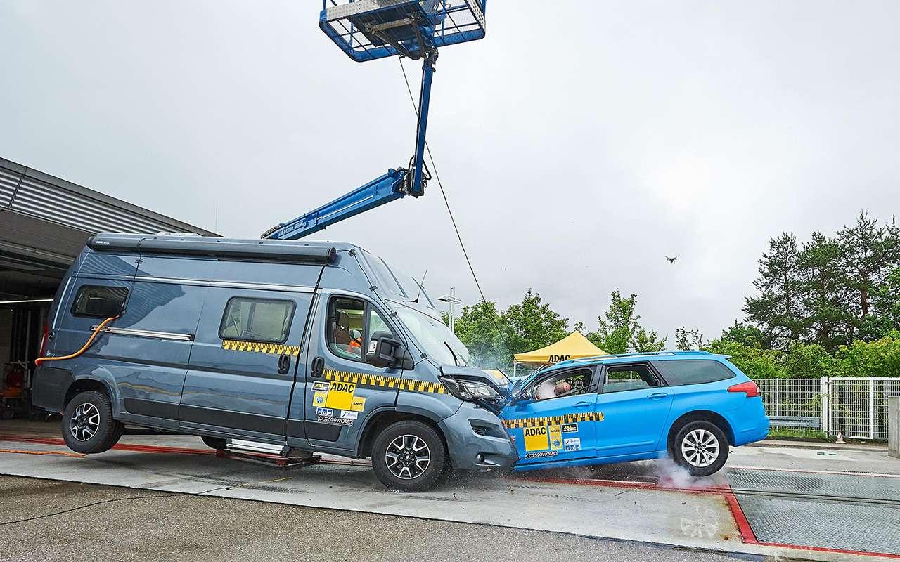 Автодом опасен? Провели краш-тест— фото 1160754