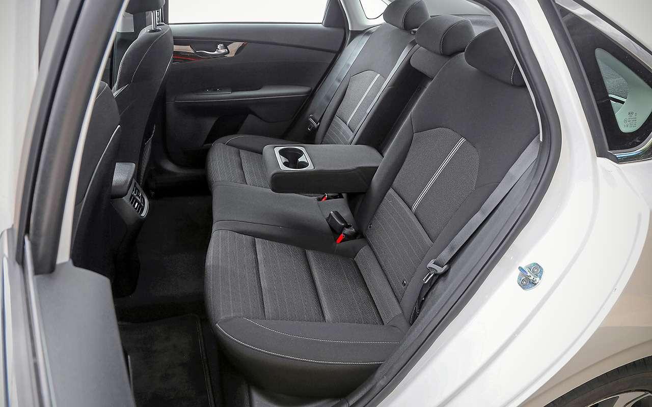 VWJetta, Kia Cerato, Mazda 3— тест-сравнение— фото 1156432